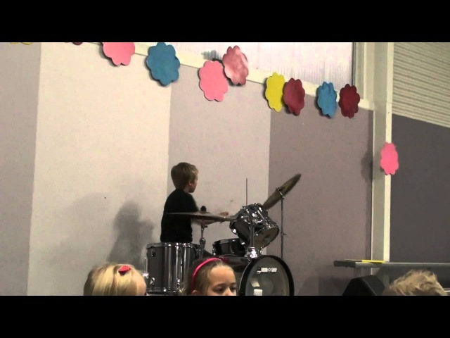 Last Night - Good Charlotte cover by 8yr old Drummer Kyle
