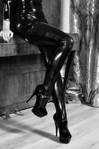 Садо мазо раб во власти госпожи — pic 4
