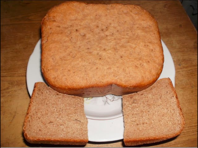 Простой рецепт ржаного хлеба в хлебопечке. Recipe for rye bread in the bread maker.
