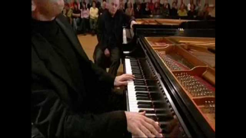 Masterclass on Beethoven by Barenboim 7