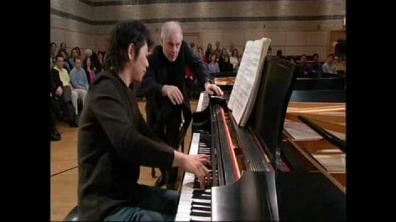 Masterclass on Beethoven by Barenboim 3
