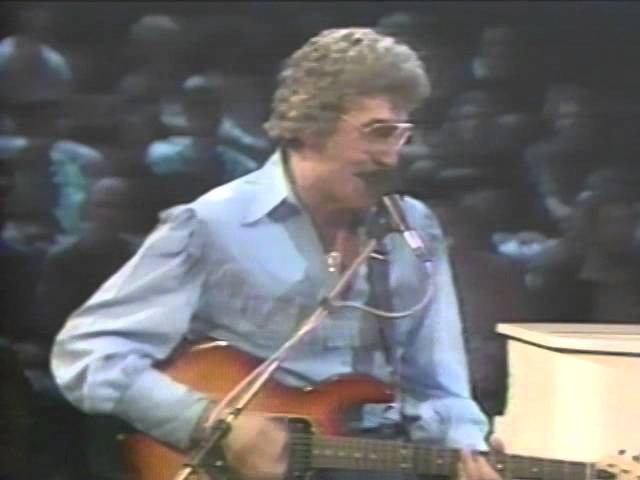Carl Perkins George Harrison Eric Clapton Medley 9 9 1985 Capitol Theatre Official
