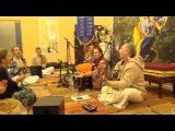 Gauri leads kirtan in Penza (Гаури ведет киртан в Пензе) 02 ноября 2014