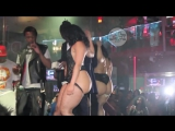 Is Young Thug gay Rejects a lap dance from a stripper  J  i c e