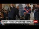105-летнего британского Шиндлера чествовали в Праге