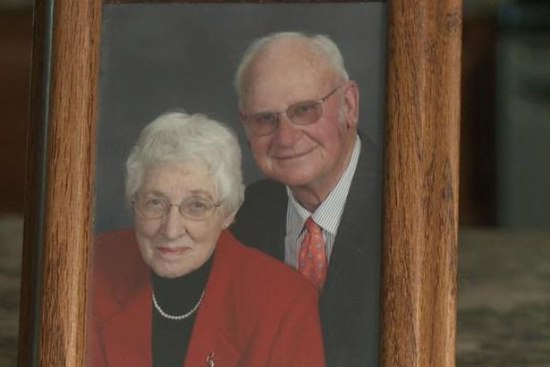 Померти в один день! Одружене понад 60 років подружжя померло з різницею у 10 хвилин