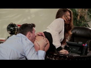 Секс на работе офисный секс измена на работе служебный рома трахает жену на работе секратарша шлюха жена для секса порно сосет