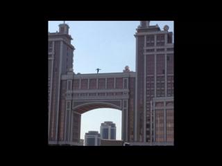 Человек сбросился с крыши в Астане (Suicide attempt in Astana)