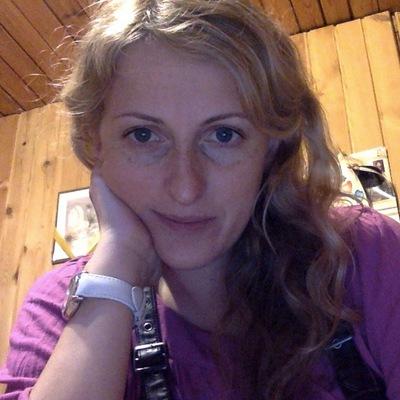 Соня Рисова