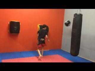 Кроссфит в завершении тренировки💪🏼👊🏻 Персональные и групповые тренировки для взрослых и детей с 5 лет. Бокс, кикбоксинг, рукопашный бой, ушу саньда. 🏃 м. Теплый стан, в ТРЦ
