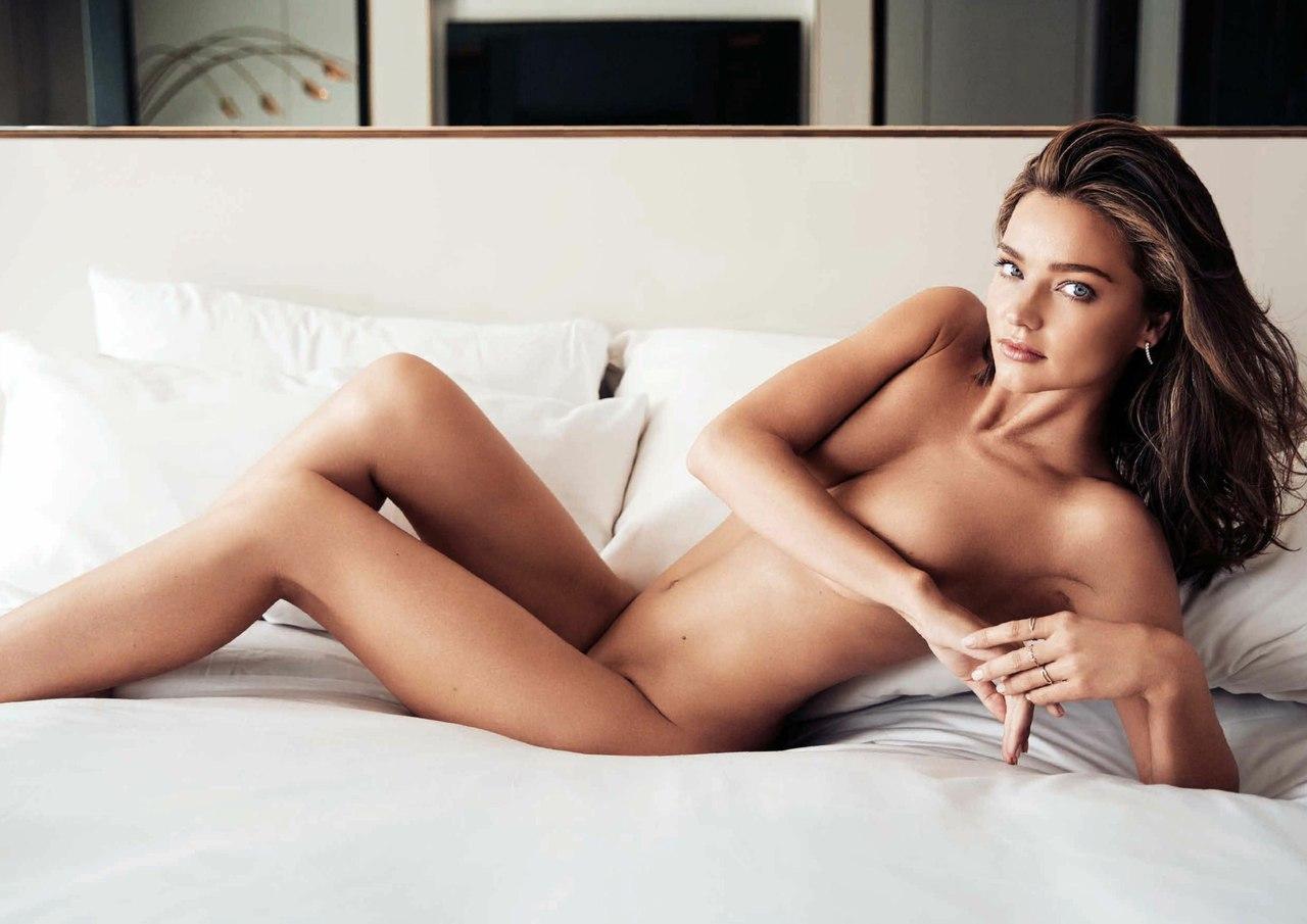 Фото голая модель 11 фотография