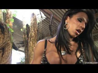 Nicolly Navarro - TSKink.com