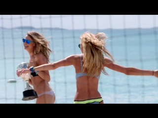 ♛ M O N A R C H ♛ - The Victorias Secret Swim Special Playing With The Girls