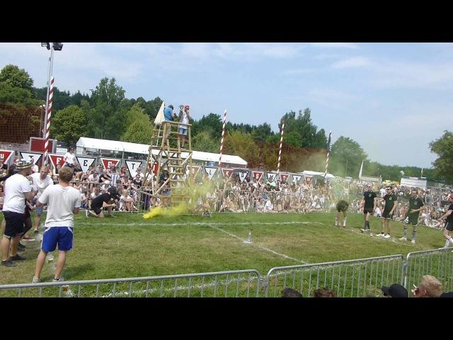 Kraftklub - Flunkyball Arena Spiel auf dem Kosmonaut Festival 25.06.2016