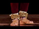 Foot steps demonstration, Ladi composition in Kathak, Hindi lesson - 3