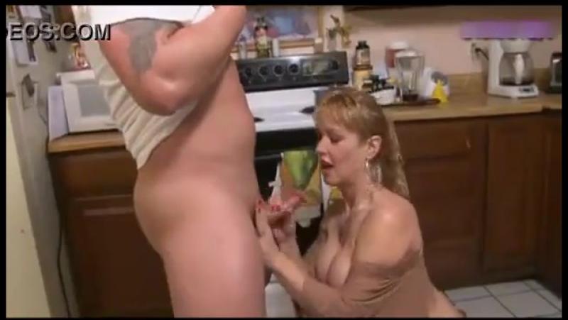 голодная мамаша порно онлайн
