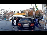 Mafia South Korea Road Rage. Mafia Korean peleando en las calles (funny)