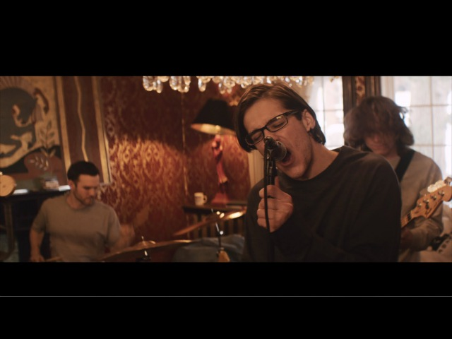 Knuckle Puck - Pretense (Official Music Video)