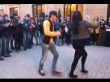 Иса чеченец танцует