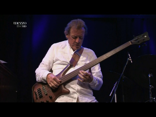 Spectrum Road - Live at Porgy and Bess Vienna 2012