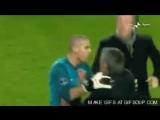 Жозе Моуриньо просит у Абромовича дать ему еще один шанс.