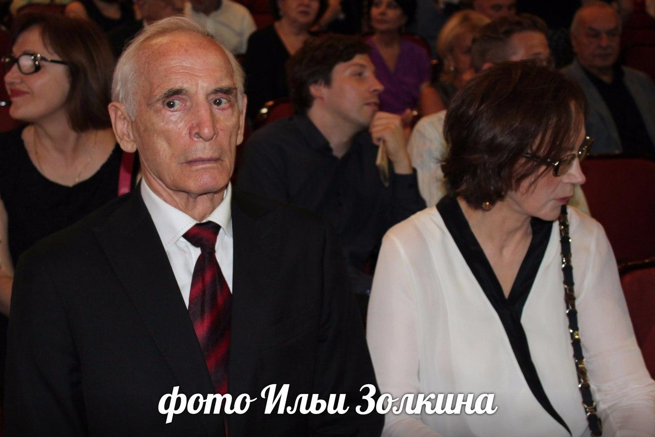 Василий лановой фото семьи