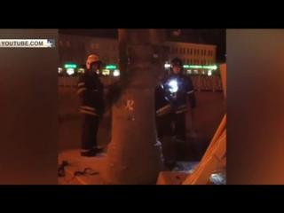 Огненный столб озарил ночную дорогу в Москве