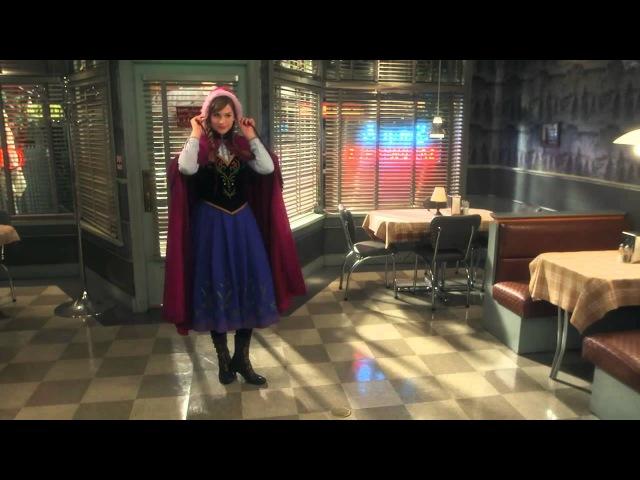 Обзор костюмов Эльзы и Анны в сериале Однажды в сказке