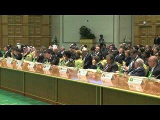 Президент Алмазбек Атамбаев прибыл с рабочим визитом в Туркменистан