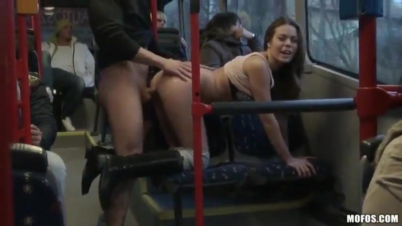 В метро-порно истории
