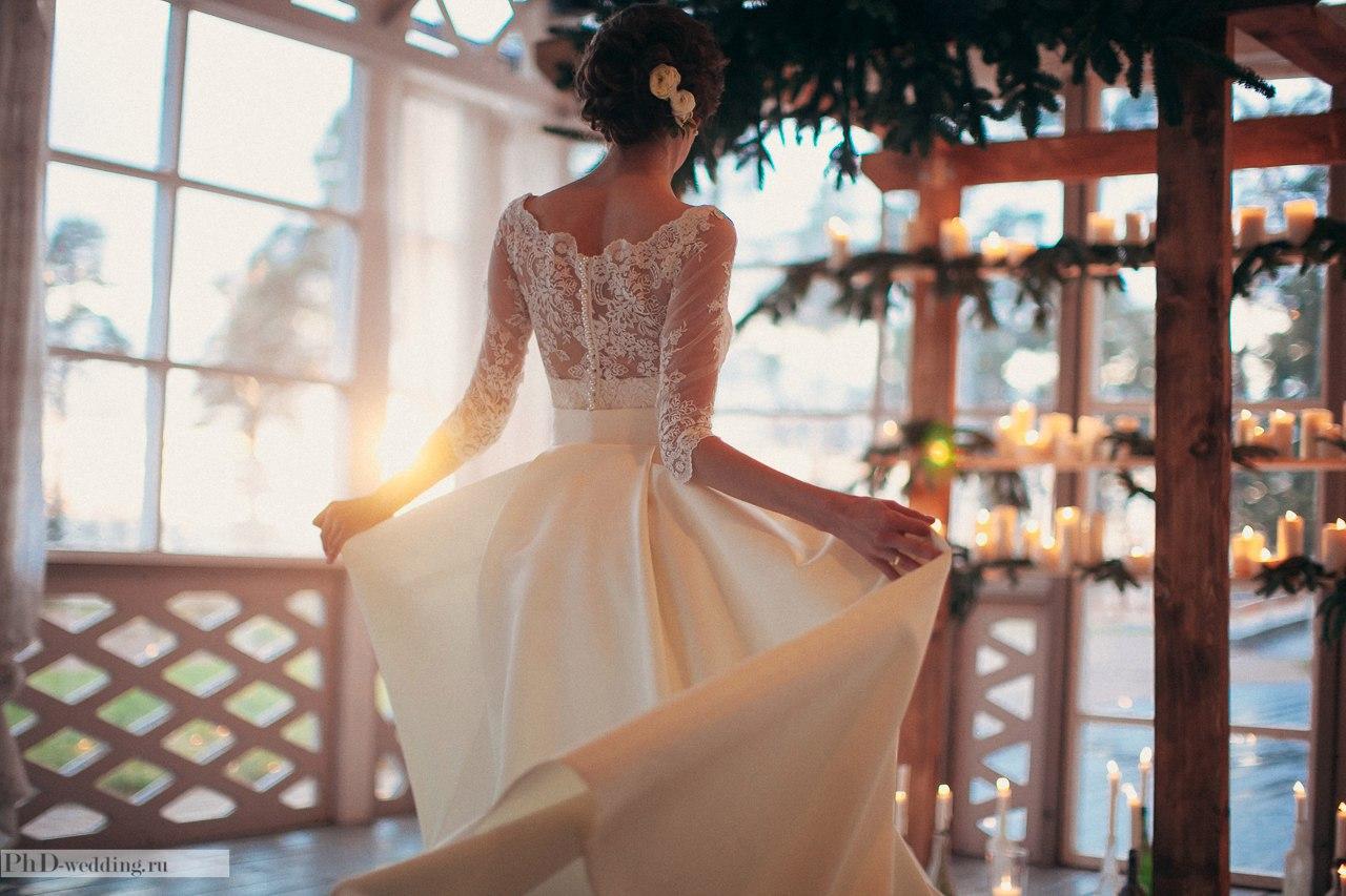 невеста на церемонии выездной регистрации