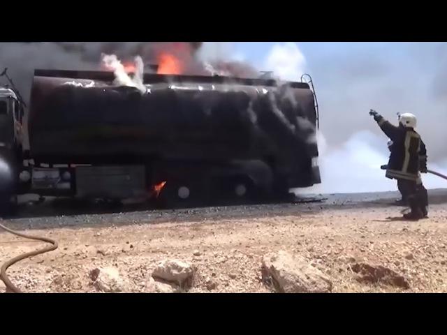 ВКС РФ ракетами сожгли колонну большегрузов западнее Алеппо
