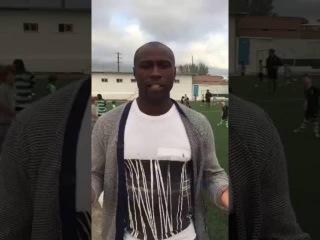 Жоао Мартинс поздравляет ФК