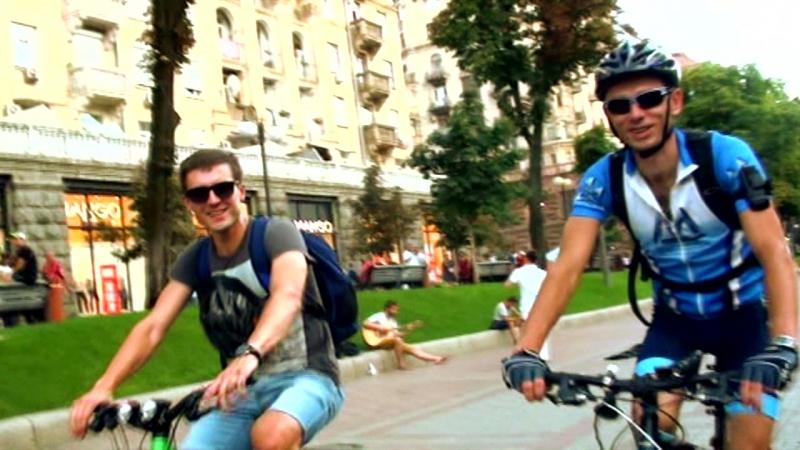 Ночные приключения велосипедистов в Киеве