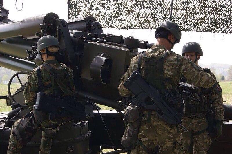Európai szárazföldi erők WJRpQptsKLE