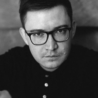 Роман Маценко