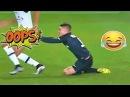 Приколы и смешные моменты в футболе :)