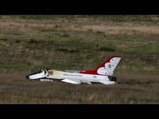 Две авиа катастрофы на протяжении часа в США боевой самолет Хорнет Ф 16  Один пилот погиб 03 06 2016