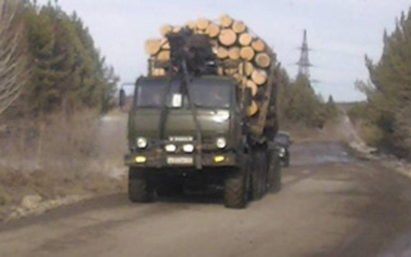 В Зеленчукском районе полицейскими задержан лесовоз без сопроводительных документов