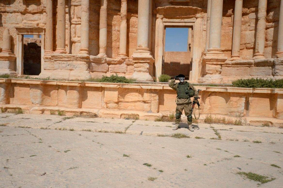 [BIZTPOL] Szíria és Irak - 1. - Page 2 EGe3jLmJL-E