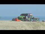 Монстр на пляже!!!
