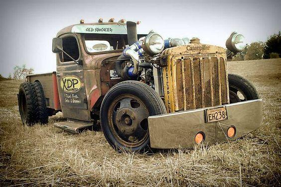 немного необычных грузовиков