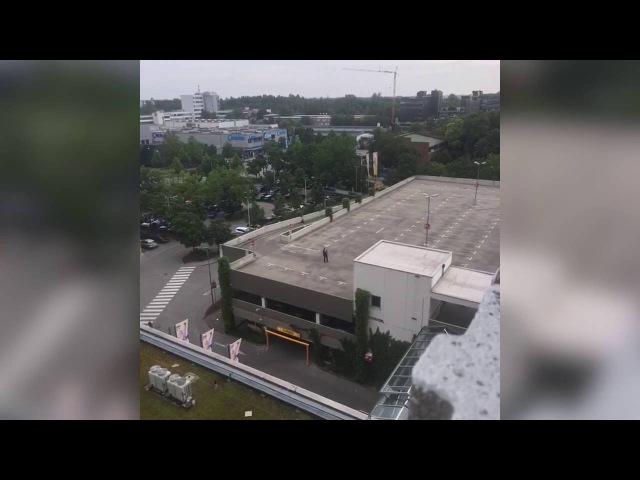 Nach tödlichen Schüssen in München Anwohner filmte Streitgespräch mit einem der Attentäter