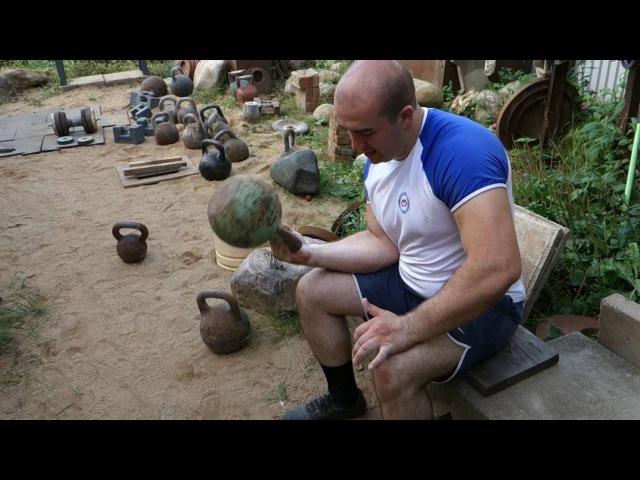 БАТРАЗ ТИБИЛОВ УПРАЖНЕНИЯ НА ХВАТ С ГИРЯМИ 16 и 24КГ BATRAZ TIBILOV GRIP EXERCISES WITH 16 AND 24KG
