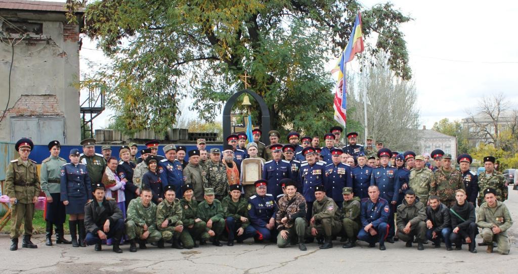 Луганский округ ВВД в канун Покрова провел торжественную присягу новых казаков
