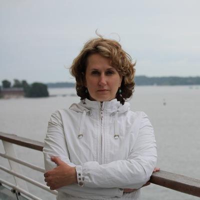 Юлия Любовицкая