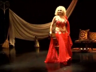 Simona Guzman belly dance