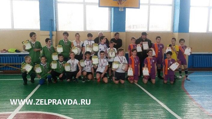 В станице Зеленчукской прошло Первенство района по мини-футболу