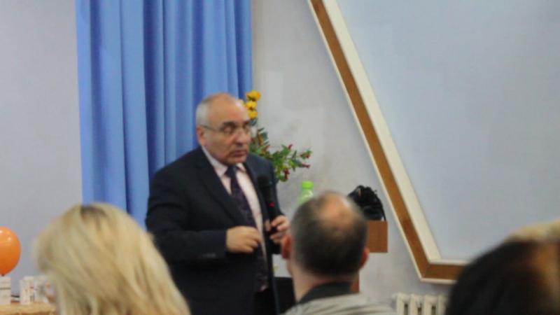 Академих Хачатрян Ашот Папикович в УстьКаменогорске
