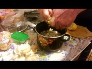 Сегозеро. Апрель 2016. Фирменный салат из сырого хариуса.